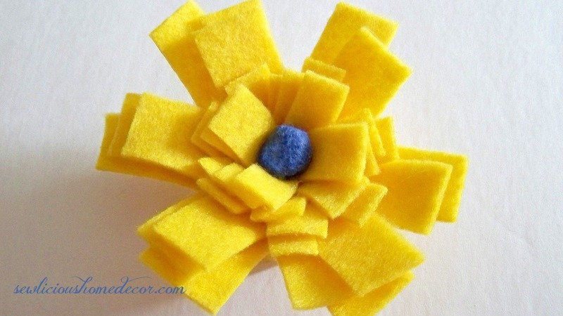 Rose bud yellow felt flower tutorial