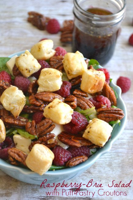Raspberry-Brie-Salad-with-Puff-Pastry-Croutons-7