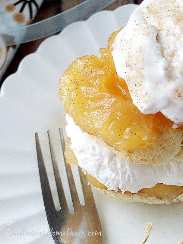 Homemade Apple Pie Shortcake Dessert sewlicioushomedecor.com