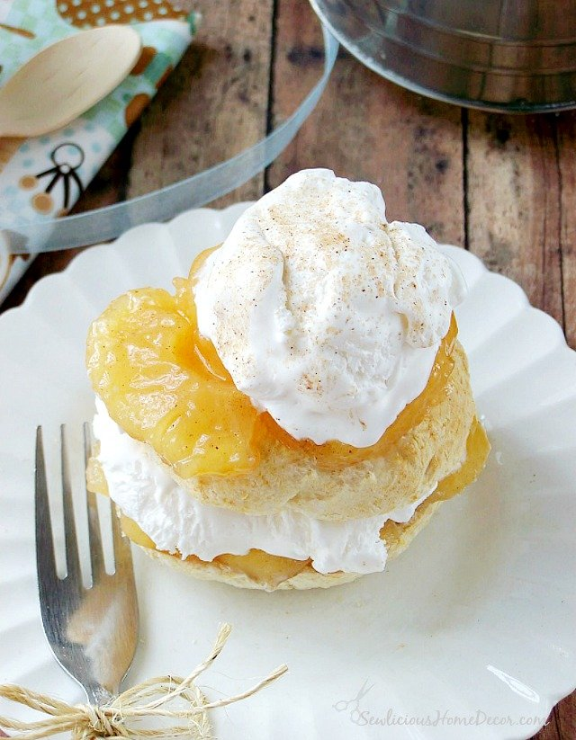 Try this Best Ever Apple Pie Bisquick Shortcake sewlicioushomedecor.com