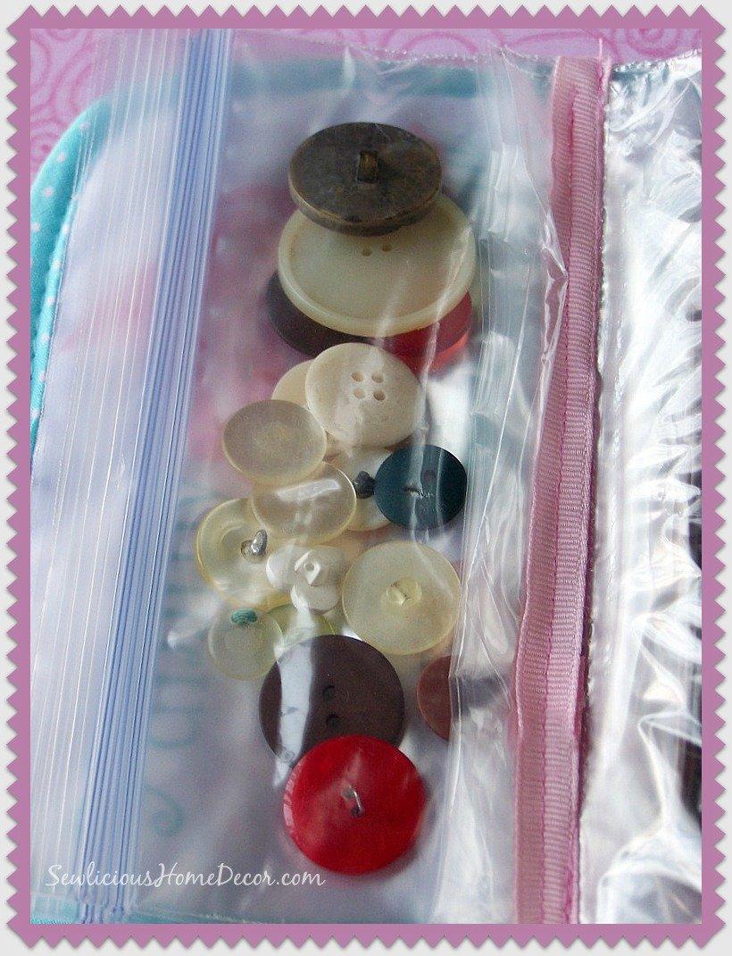 Plastic baggie organzier pocket