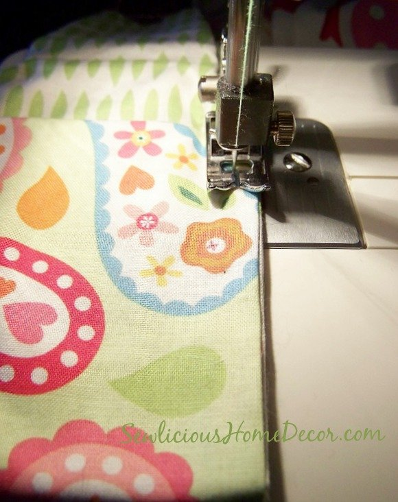 iPhone Case Tutorial sewing up edges