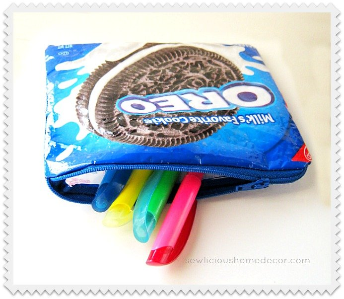 An Oreo Pen and Pencil bag at sewlicioushomedecor.com