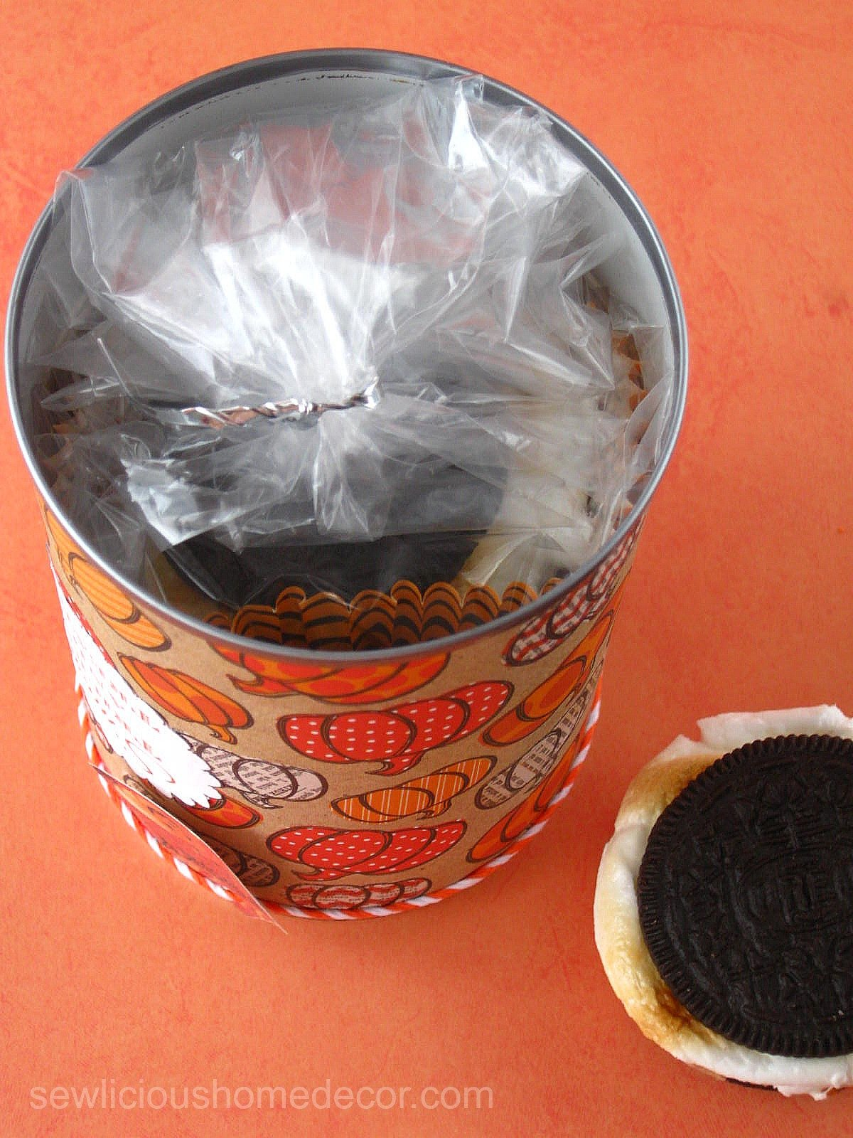 Pack Oreo Smores in a Can