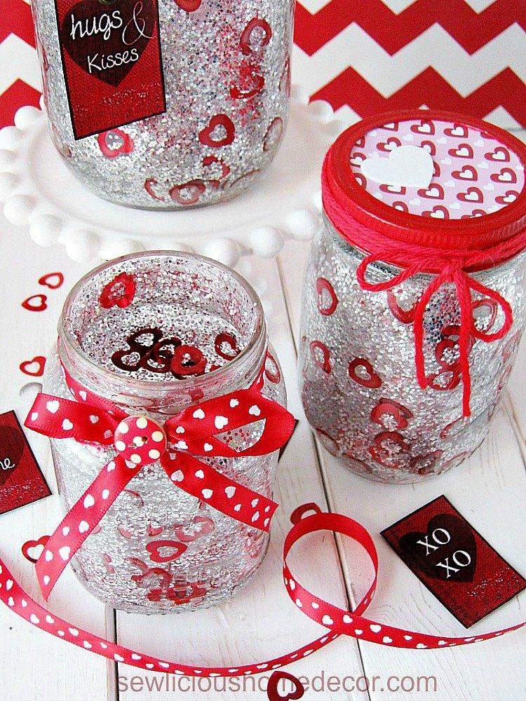 DIY Confetti Valentine Jars with free printables sewlicioushomedecor.com