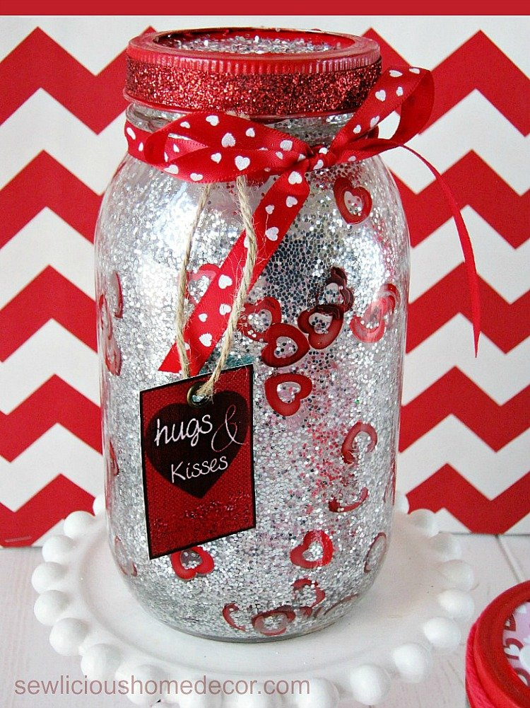 DIY Glitter Valentine Jars with printables sewlicioushomedecor.com
