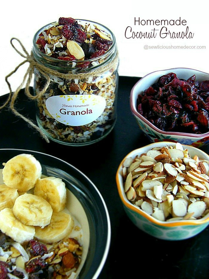 Homemade Coconut Granola at sewlicioushomedecor.com