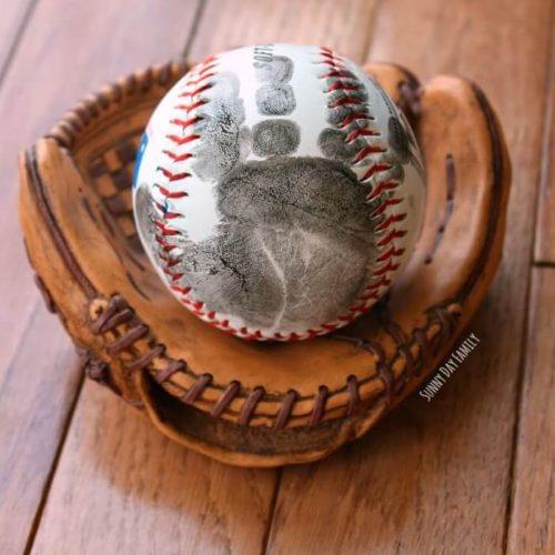 handprint-baseball-square
