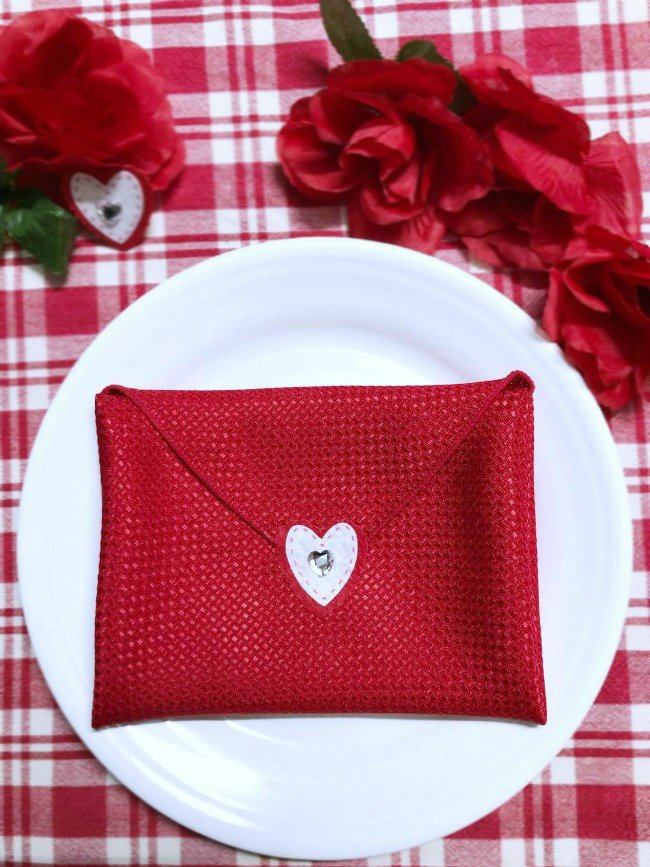 Valentine Envelope Napkin Tutorial