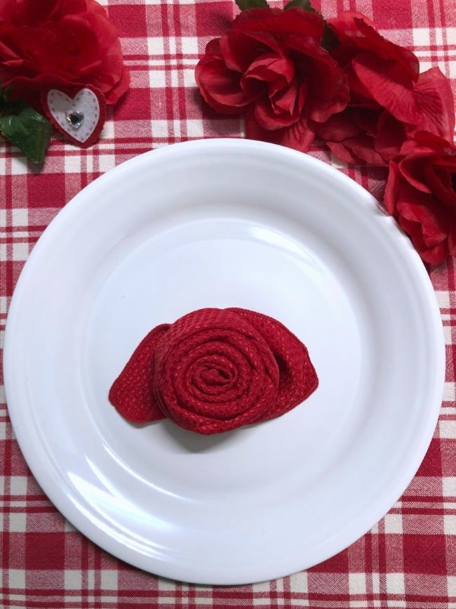 Valentine Rose Napkin Tutorial