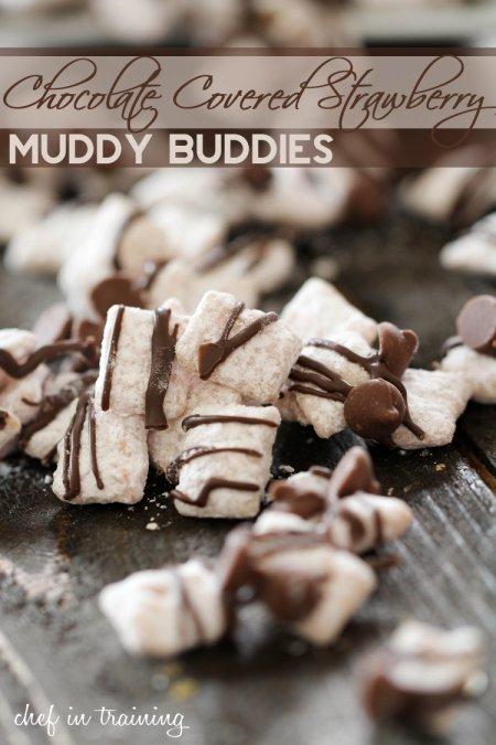 Chocolate-Covered-Strawberry-Muddy-Buddies
