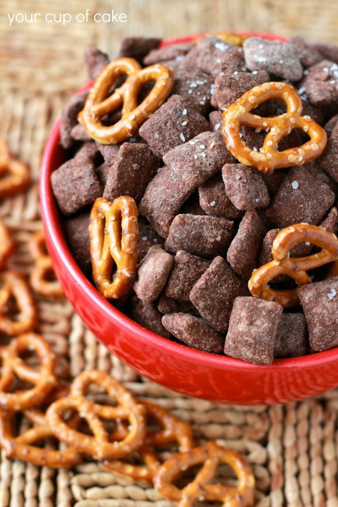 Salted-Chocolate-Puppy-Chow-682x1024