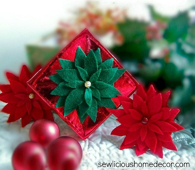 How to make a poinsettia with free gift tags at sewlicioushomedecor.com