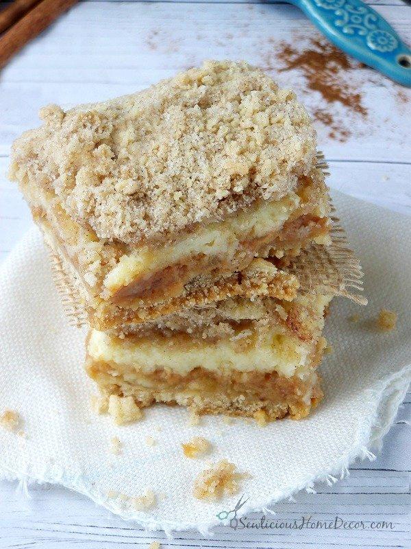 Caramel Apple Shortcake Bars
