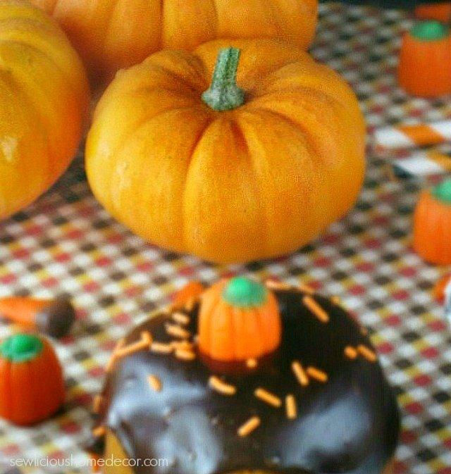 A Pumpkin Patch of Mini Pumpkins