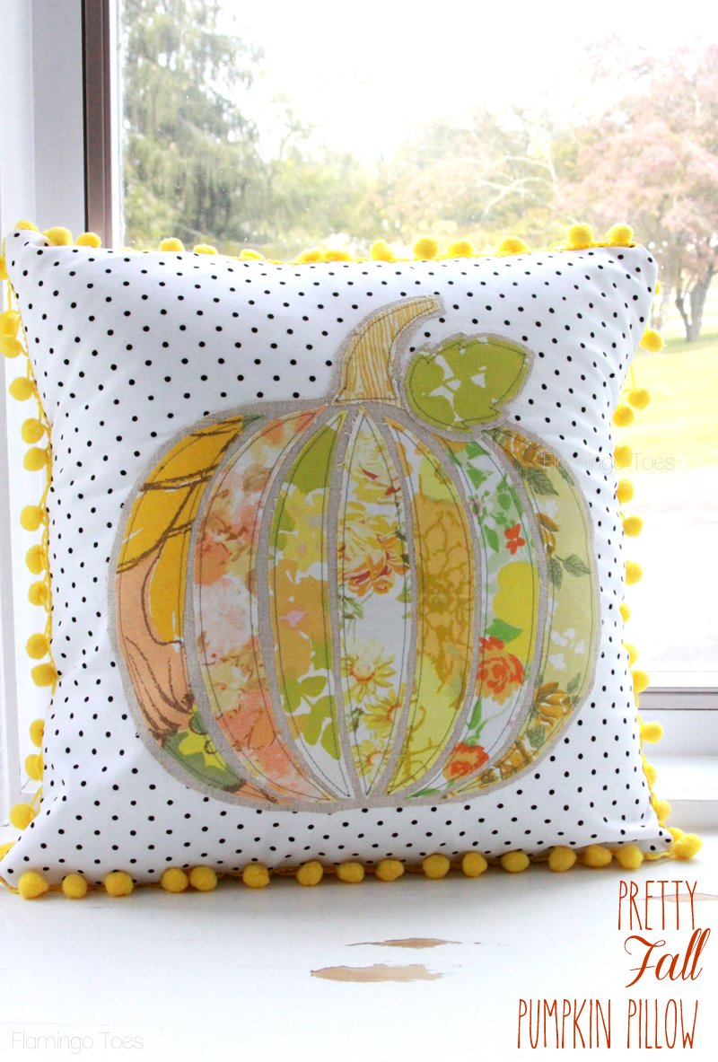 Pretty-Fall-Pumpkin-Pillow