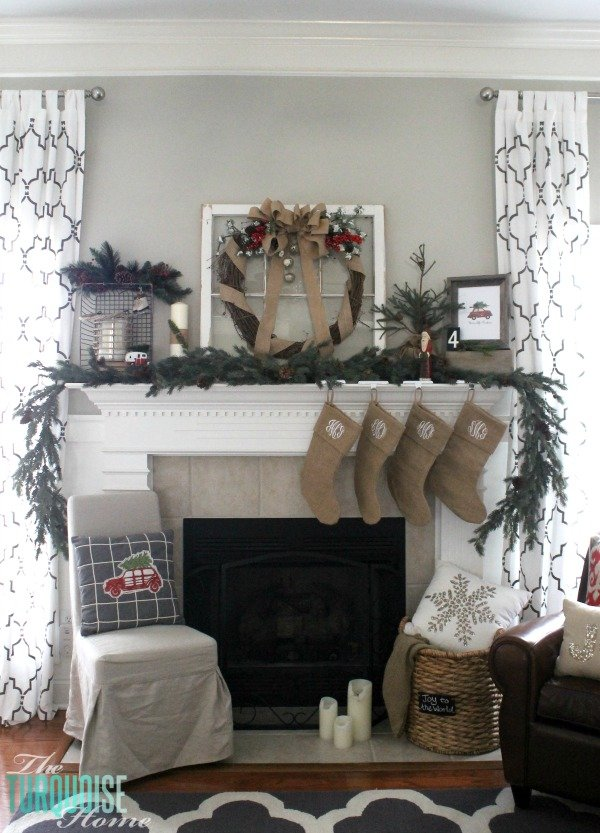 simple-winter-rustic-christmas-mantel (1)