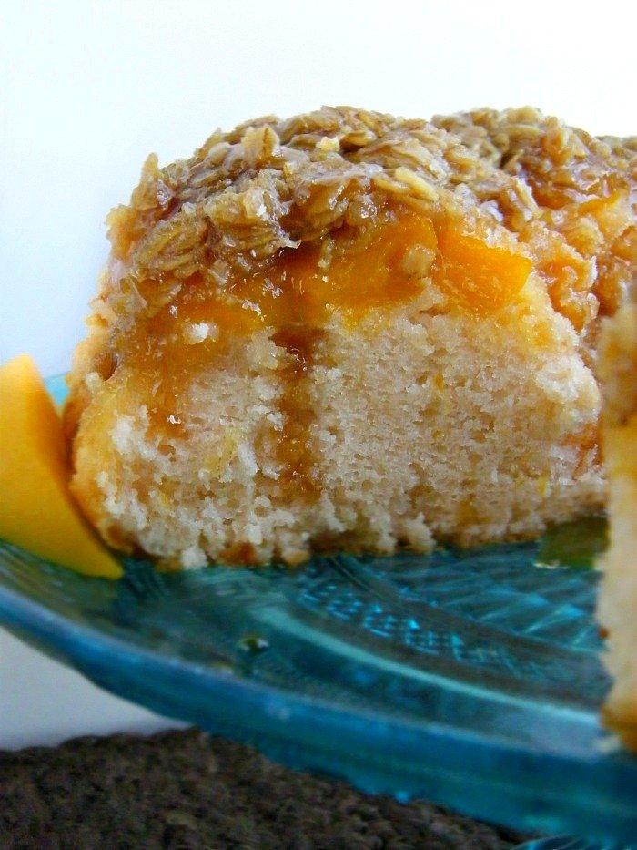 Best Buttermilk Peach Cobbler Cake sewlicioushomedecor.com