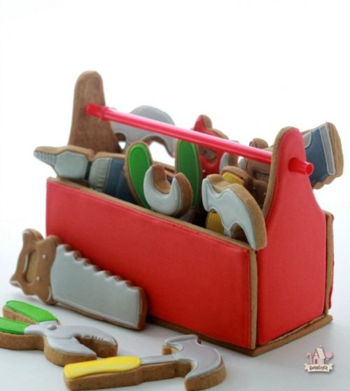 Fathers-Day-Cookie-Toolbox-590x660