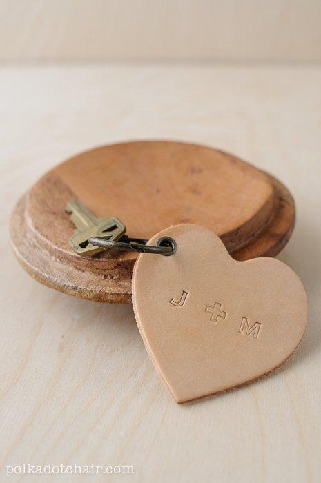 diy-leather-keychain