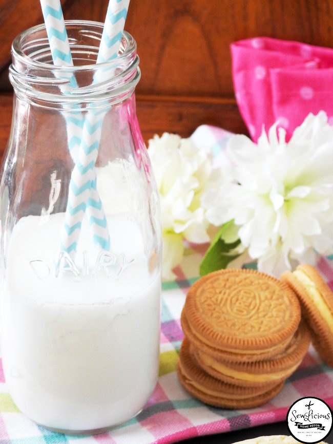 lmeon-oreo-stuffed-cookies-lemon-cookie-dough-wrapped-around-lemon-oreo-cookies-sewlicioushomedecor-com