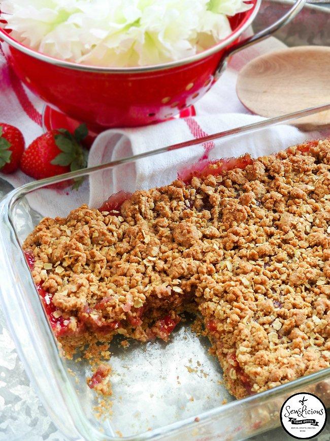 strawberry-crisp-sewlicioushomedecor-com