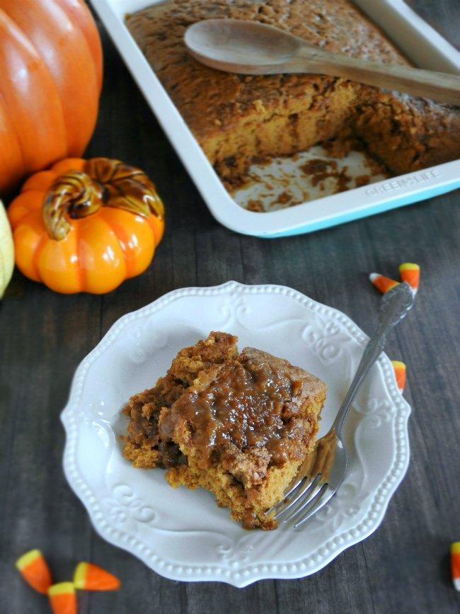 homemade-spiced-pumpkin-pie-cobbler-sewlicioushomedecor-com