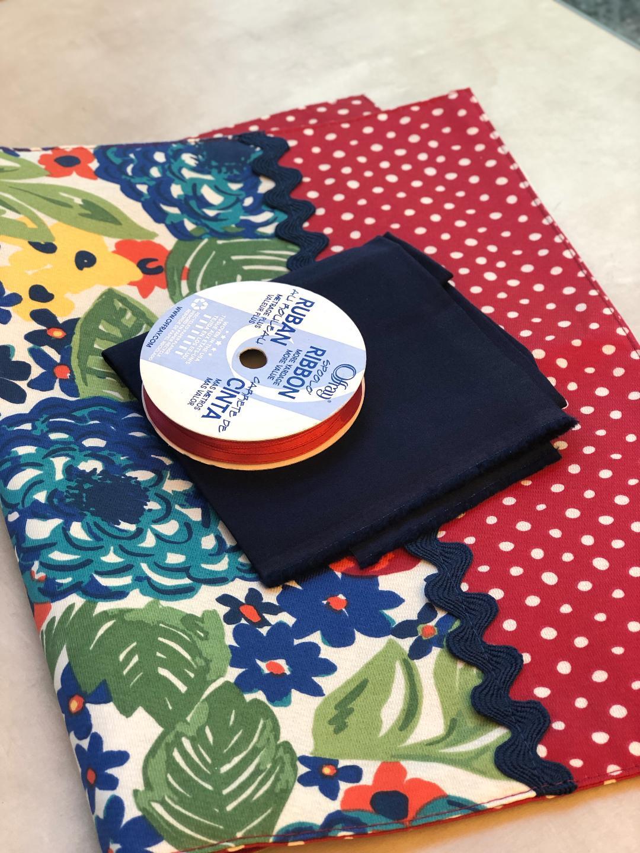 Rollup-Organizer-Supplies-Pioneer-Woman-Placemat-Ribbon-Fat-Quarter-Thread