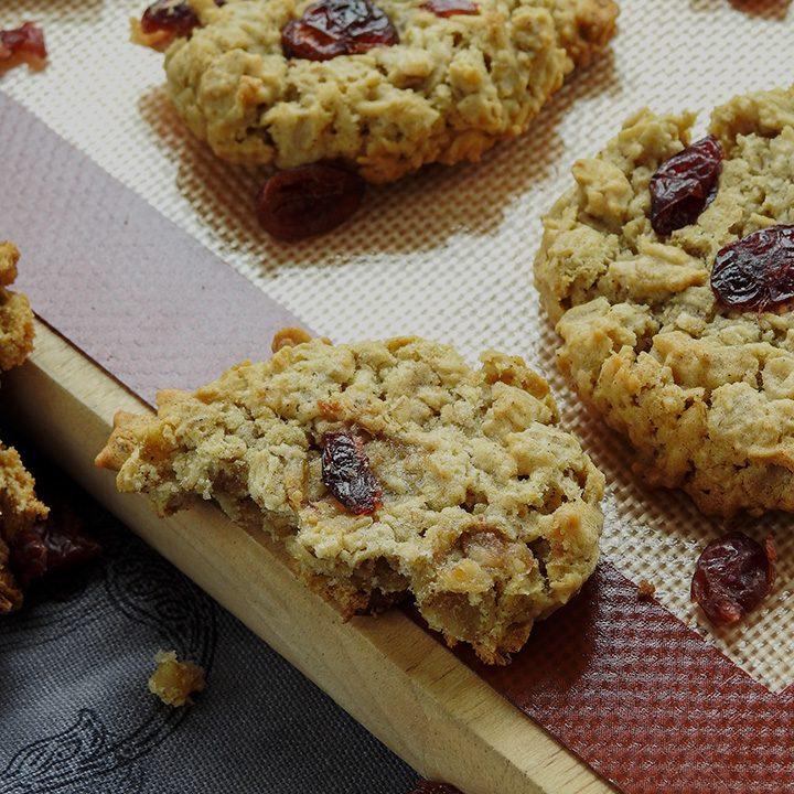 Cranberry Oatmeal Eggless Cookies